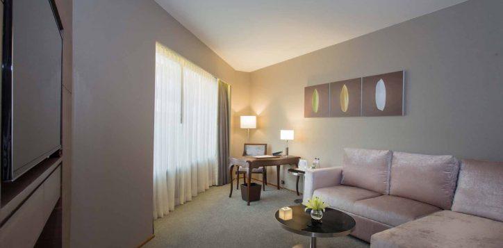 one-bedroom-suite003-2
