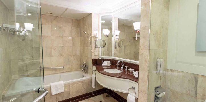 one-bedroom-suite004-2