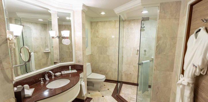 one-bedroom-suite005-2